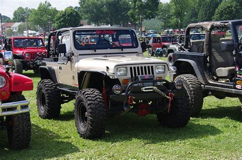 Jeep Wrangler Shaking 1000 Ideas About Jeep Wrangler Yj On Jeep
