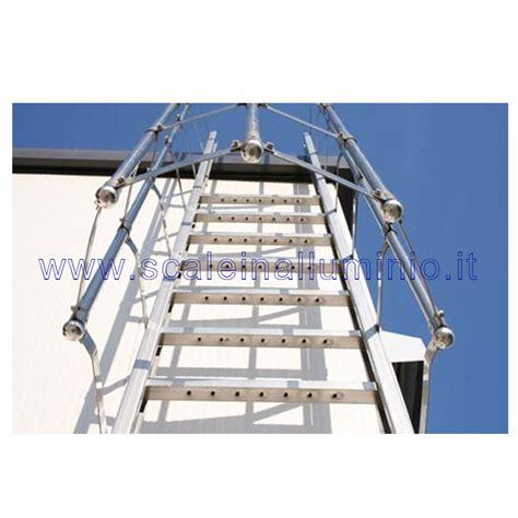 scala con gabbia scale con gabbia di protezione in acciaio