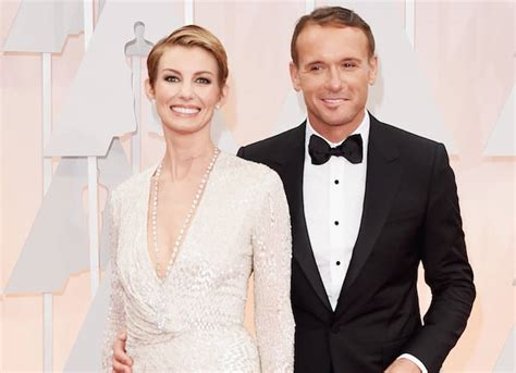faith hills scar on neck from undisclosed surgery in january faith hill s neck scar at the oscars explained singer had