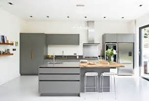 white and grey kitchen cabinets 30 gorgeous grey and white kitchens that get their mix right