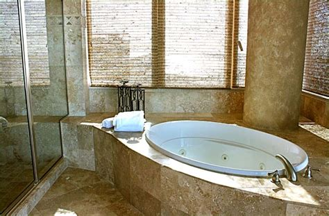 master bathroom bathtubs gulf shores luxury beach rental lagoon tower 4 bedroom