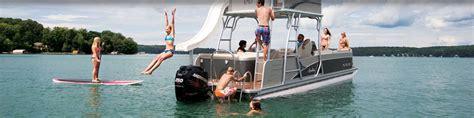 pontoon boat rental perdido key people enjoying a pontoon boat rental