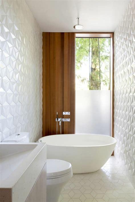 Ordinaire Poser Carrelage Mural Salle De Bain #1: 1-comment-decorer-les-murs-dans-la-salle-de-bain-carrelage-mural-castorama-blanc-mosaique-pour-la-salle-de-bain.jpg