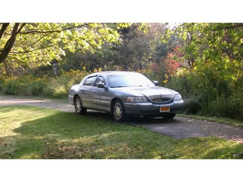 used lincoln town cars for sale by owner 2006 lincoln town car for sale by owner in belmont
