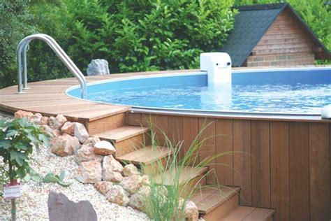 schwimmbecken zum aufstellen poolumrandung holz rund selber bauen bvrao
