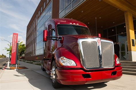 paccar trucks wsu celebrates new paccar environmental technology