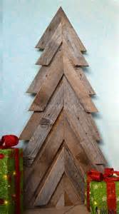 40 ideas of christmas tree amp decorations made out of repurposed