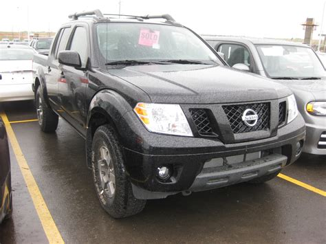 books on how cars work 2010 nissan frontier lane departure warning fierari 2010 nissan frontier crew cab specs photos modification info at cardomain