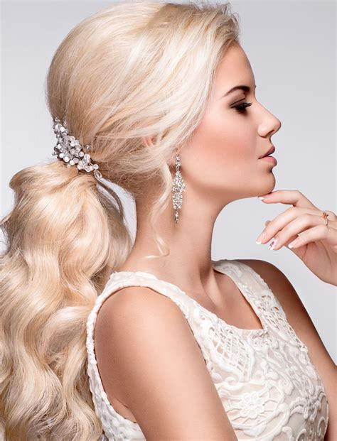 Wedding Hairstyles For Summer by Stylish Wedding Hairstyles For Hair 2018 2019