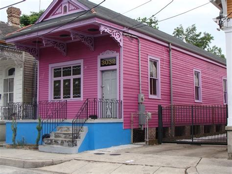 new orleans shotgun house a typical shotgun house in new orleans new orleans