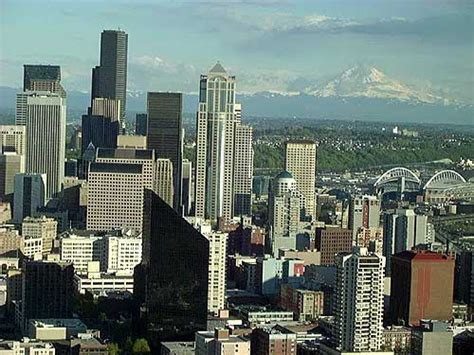 Seattle view from the Space Needle Mt. Rainier in the ...