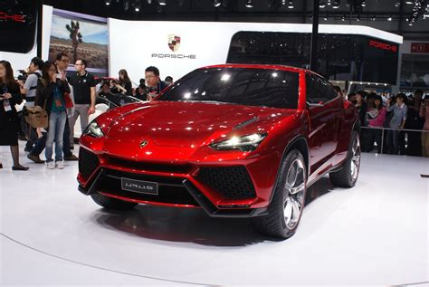 suv lamborghini it s official lamborghini s suv coming in 2018 will be