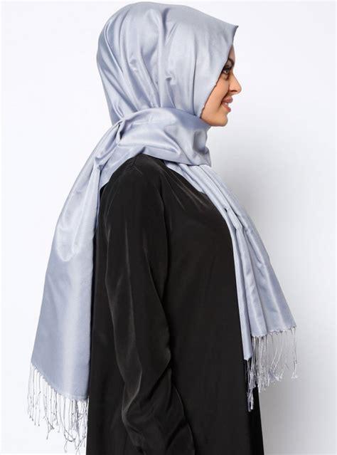 Abaya Banu banu silver fringed from ecardin ayisah