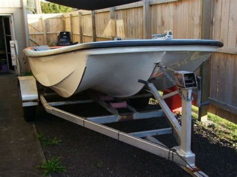 cathedral hull fishing boats sale plylite cathedral hull boat the fishing website