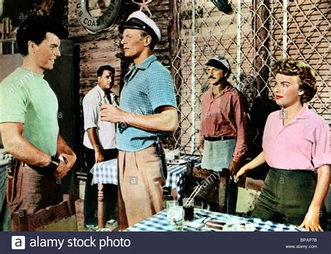 beneath the 12 mile reef 1953 robert wagner terry stock photos terry stock images alamy
