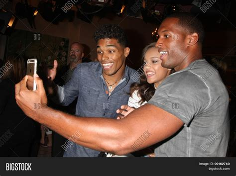 the bold and beautiful fan event los angeles aug 14 rome flynn image photo bigstock