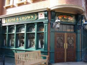 and crown pub and dining room the disney food