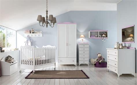 mensole cameretta neonato arredare la di un neonato foto design mag