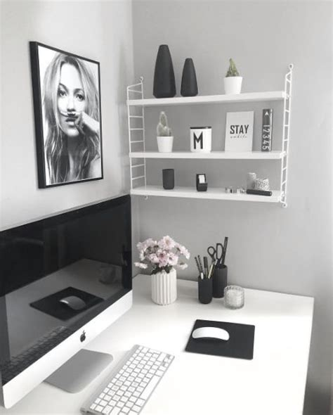 how to decorate a small office 1000 ideas about small office decor on desk