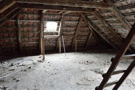 Schimmel Im Dachstuhl Neubau 6851 by Schimmel Am Dachstuhl 187 Gefahren Ursachen Ma 223 Nahmen