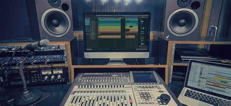 Studio Desk Workstation Buying Guide Insync Sweetwater Studio Monitors On Desk