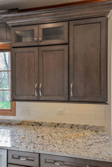 white stained maple cabinets 25 best ideas about maple cabinets on maple