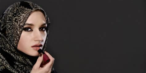 Harga Lip Balm Caring Colours lip balm pilihan perawat bibir co id