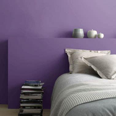 peinture violette chambre castorama lance sa peinture d 233 polluante deco cool