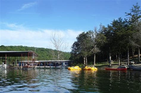 boat rentals kimberling city mo dock and boat rental picture of holiday inn club