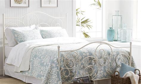 spring bedroom decor beautiful spring decorating ideas overstock com