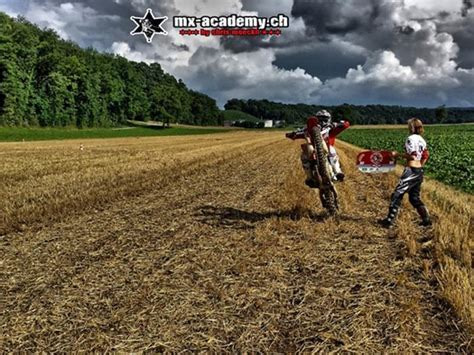 ab wann darf motocross fahren supermoto fahren schweiz mx academy