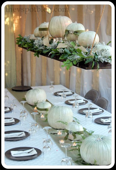 thanksgiving wrap up dinner decor and the thanksgiving table the v spot
