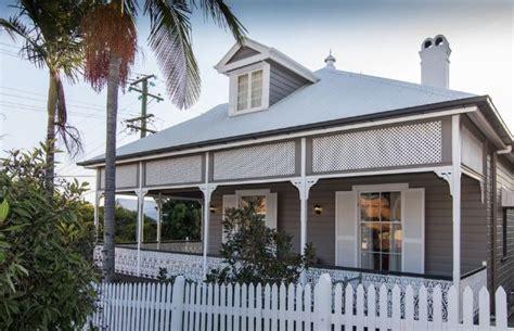 grey and white exterior colour scheme paintright colac house exterior colours