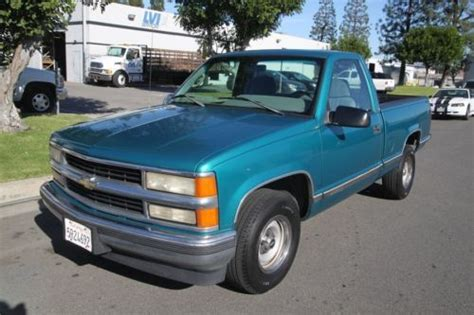 buy used 1996 chevrolet cheyenne regulart cab 2wd manual 6 cylinder no reserve in orange