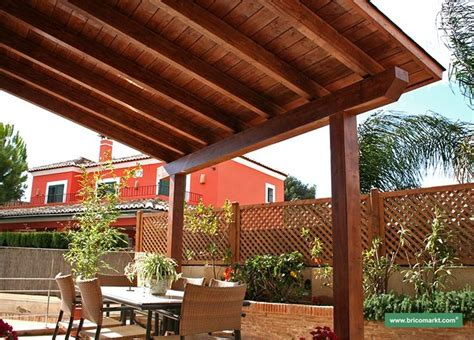 tongue and groove solid patio cover decorating ideas
