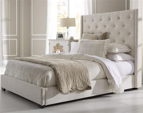Quilted Headboard Bedroom Sets Charming Quilted Headboard Bed With Simple King Tufted