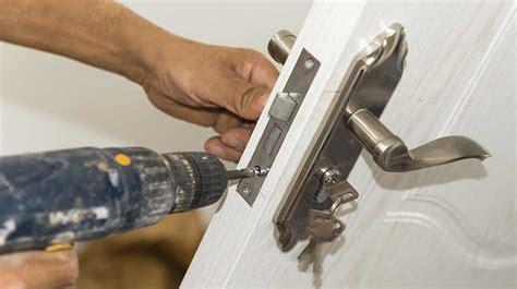 pick  door lock     secure
