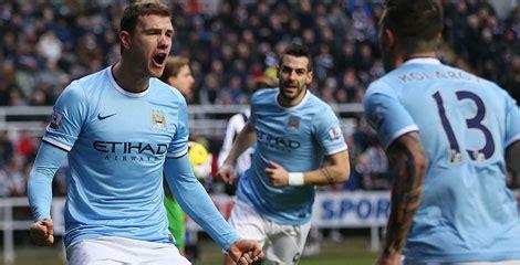 Tshirtt Shirtkaosoblongsablon Bola Klub Manchester City manchester city caplok klub australia melbourne bola net