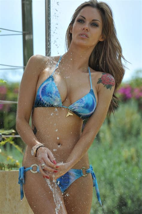 jesse jane bathtub jessica jane clement bikini photos poolside and taking a