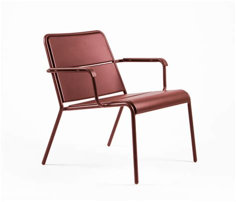 low armchair cp9100 low armchair garden armchairs from maiori design