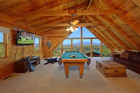 Cabin Fever Pigeon Forge Tn by Cabin Fever Vacations Pigeon Forge Tn Resort Reviews