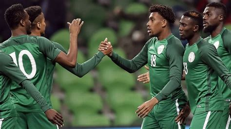 argentina vs nigeria mascherano reacts to iwobi s goals