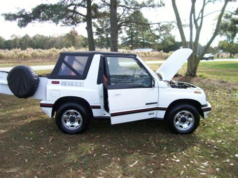 suzuki jeep 4 door suzuki sidekick 4x4 convertible tracker suv jeep towing