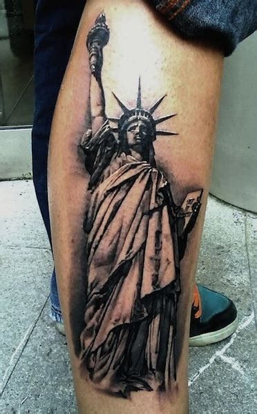 statue of liberty tattoo black and grey statue of liberty on right forearm