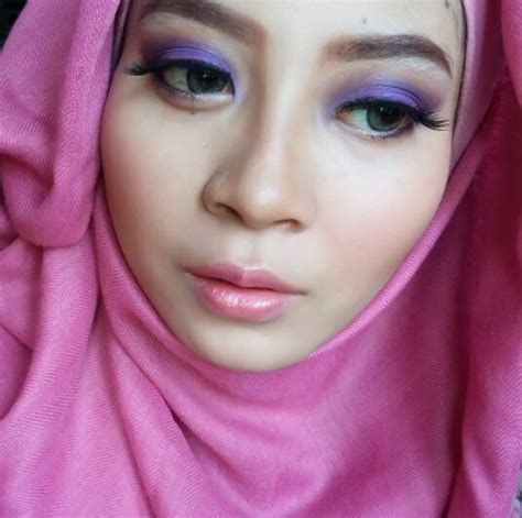 Eyeshadow Wardah Ungu tutorial makeup purple eyeshadow