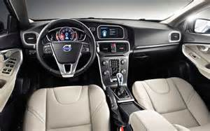 2017 volvo xc40   review release date price 2017