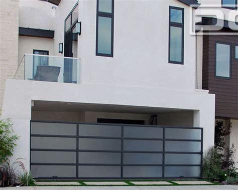 modern gate design home modern gate designs home design ideas pictures remodel