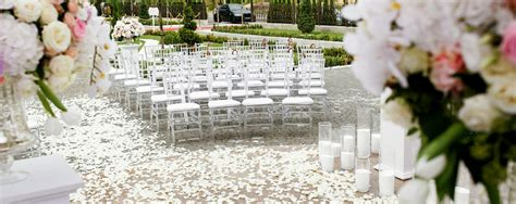wedding in my backyard how to host a wedding in your backyard better homes and gardens real estate life