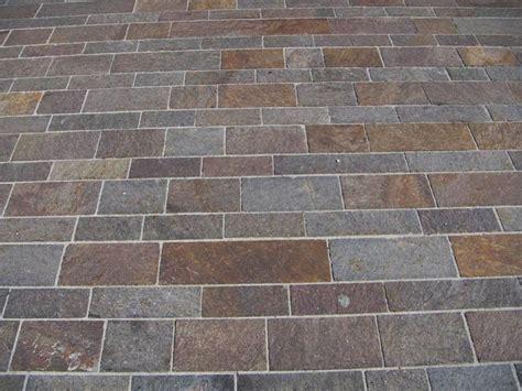 piastrelle finto porfido quali sono i rivestimenti in pietra pi 249 impiegati in edilizia