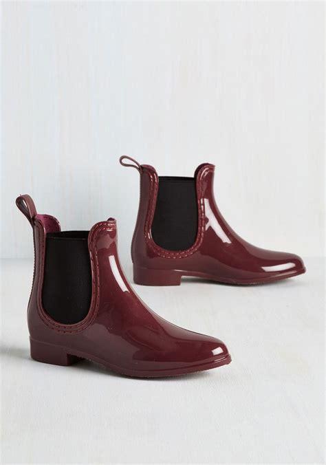 boat shoes in rain best 25 rain shoes ideas on pinterest sperry duck boots